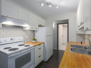 """Photo 7: 115 2033 TRIUMPH Street in Vancouver: Hastings Condo for sale in """"MACKENZIE HOUSE"""" (Vancouver East)  : MLS®# R2370575"""