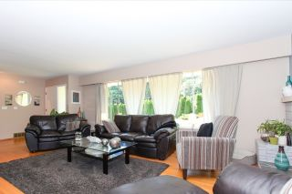 Photo 3: 4965 8A Avenue in Delta: Tsawwassen Central House for sale (Tsawwassen)  : MLS®# R2091972