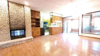 Photo 2: 351 Coppermine Crescent in Saskatoon: River Heights SA Residential for sale : MLS®# SK871589