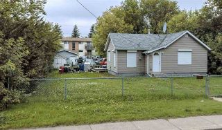Photo 3: 5806 57 Avenue: Red Deer House for sale : MLS®# E4238354