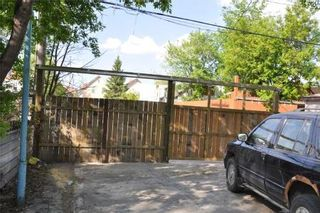 Photo 7: 721 FLORA AVE.: Residential for sale (Canada)  : MLS®# 1010463