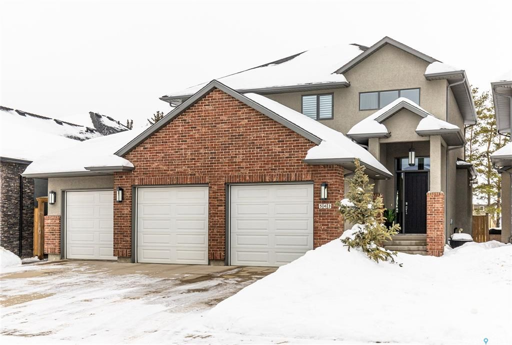 Main Photo: 543 Atton Lane in Saskatoon: Evergreen Residential for sale : MLS®# SK833803