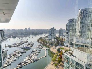 """Photo 6: 2305 1077 MARINASIDE Crescent in Vancouver: Yaletown Condo for sale in """"MARINASIDE RESORT"""" (Vancouver West)  : MLS®# R2544520"""