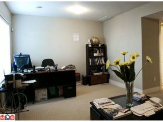 """Photo 9: 20 8358 121A Street in Surrey: Queen Mary Park Surrey Townhouse for sale in """"KENNEDY TRAIL"""" : MLS®# F1206595"""