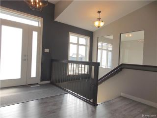 Photo 3: 29 Dovetail Crescent in Oak Bluff: RM of MacDonald Residential for sale (R08)  : MLS®# 1719867
