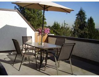 """Photo 2: 5142 HASTINGS Street in Burnaby: Capitol Hill BN Townhouse for sale in """"MAYWOOD"""" (Burnaby North)  : MLS®# V784480"""