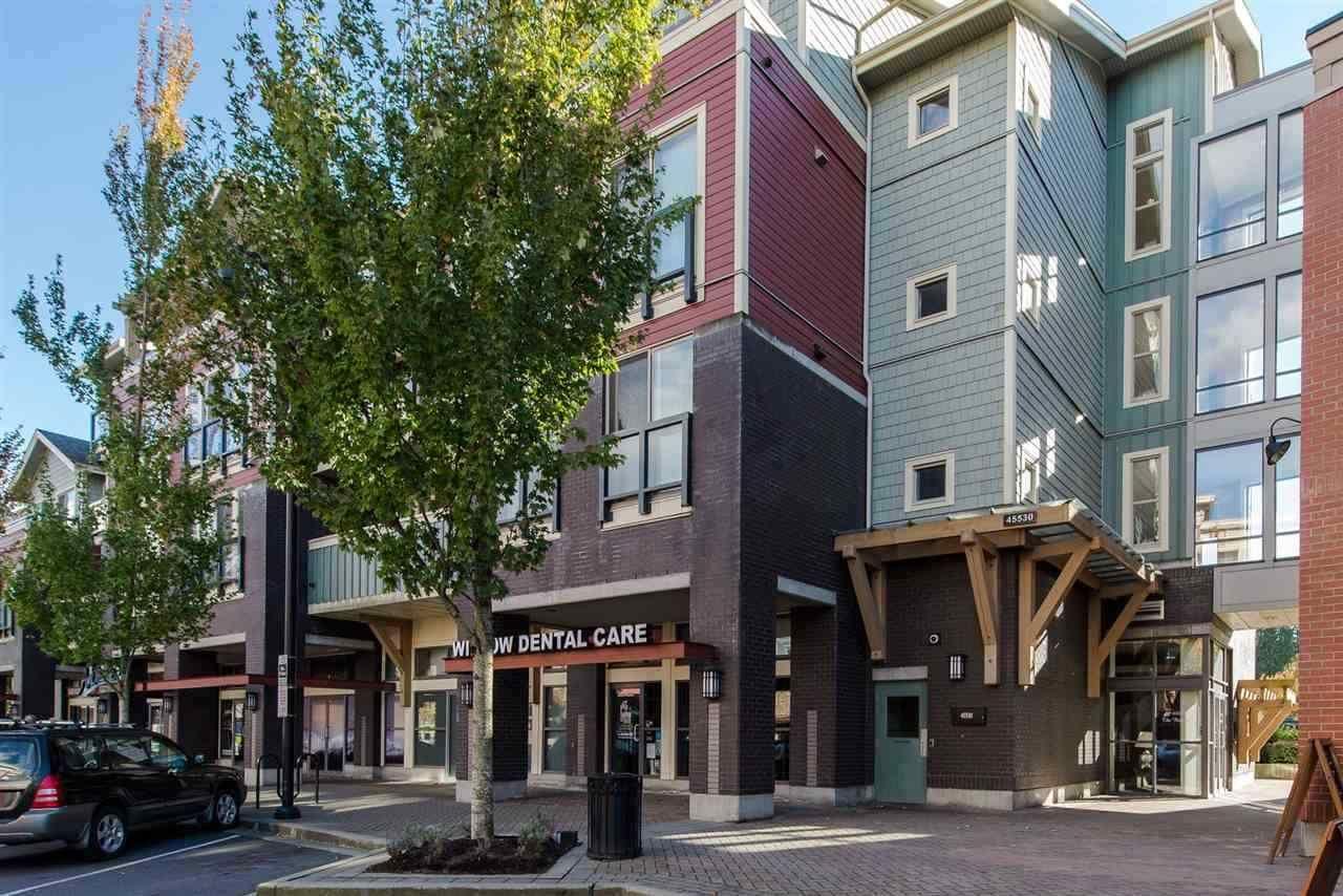 Main Photo: 305 45530 MARKET Way in Chilliwack: Vedder S Watson-Promontory Condo for sale (Sardis)  : MLS®# R2450646