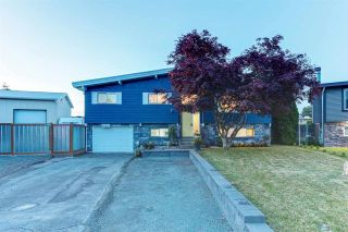 Photo 1: 46601 ELGIN Drive in Chilliwack: Fairfield Island House for sale : MLS®# R2586821