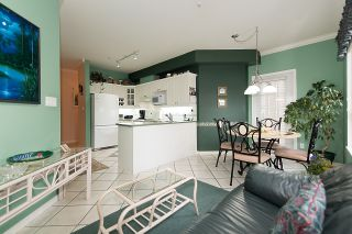 "Photo 12: 212 3098 GUILDFORD Way in Coquitlam: North Coquitlam Condo for sale in ""MARLBOROUGH HOUSE"" : MLS®# R2225808"