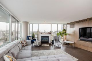 """Photo 4: 1802 8 SMITHE Mews in Vancouver: Yaletown Condo for sale in """"Flagship"""" (Vancouver West)  : MLS®# R2577399"""