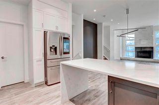 Photo 10: 2 137 24 Avenue NE in Calgary: Tuxedo Park Row/Townhouse for sale : MLS®# C4278414