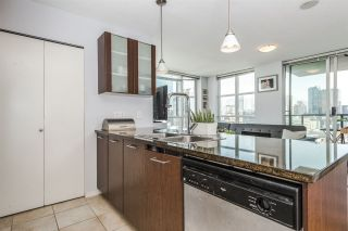 "Photo 13: 2202 1155 SEYMOUR Street in Vancouver: Downtown VW Condo for sale in ""BRAVA"" (Vancouver West)  : MLS®# R2171457"