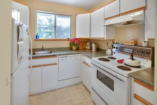 Photo 19: 606 W 23RD Street in North Vancouver: Hamilton House for sale : MLS®# R2138339