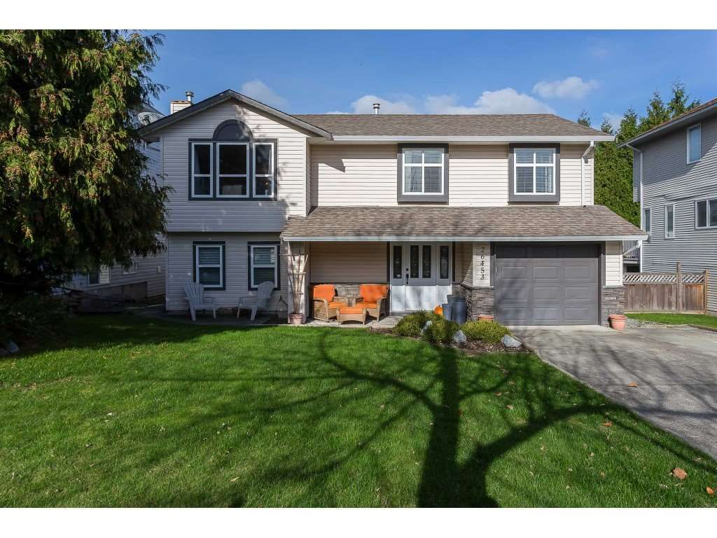 Main Photo: 26453 32 Avenue in Langley: Aldergrove Langley House for sale : MLS®# R2414850