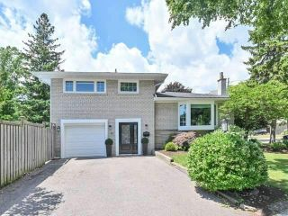 Photo 1: 40 Fareham Cres in Toronto: Guildwood Freehold for sale (Toronto E08)  : MLS®# E4851015