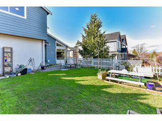 """Photo 3: 7967 138A Street in Surrey: East Newton House for sale in """"EAST NEWTON"""" : MLS®# R2046454"""