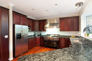 Photo 11: 736 SEYMOUR Boulevard in North Vancouver: Seymour House for sale : MLS®# V914166