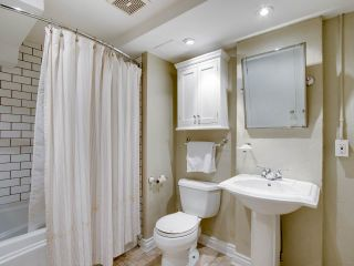 Photo 12: 201 27 ALEXANDER STREET in Vancouver: Downtown VE Condo for sale (Vancouver East)  : MLS®# R2202160