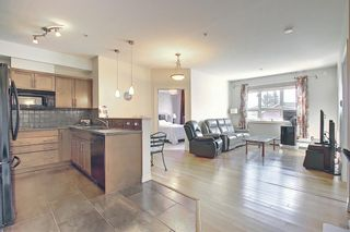 Photo 12: 213 26 VAL GARDENA View SW in Calgary: Springbank Hill Apartment for sale : MLS®# A1095989