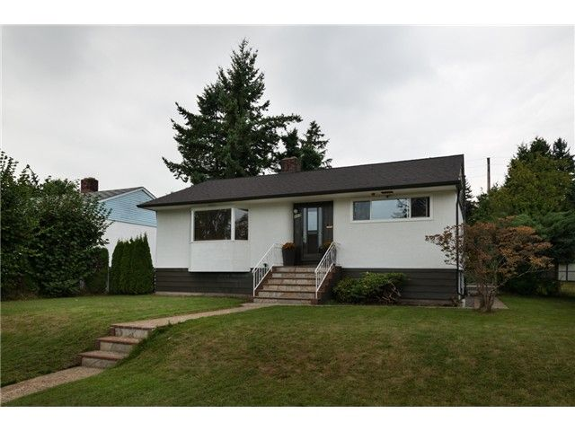 FEATURED LISTING: 119 Sinclair Avenue New Westminster