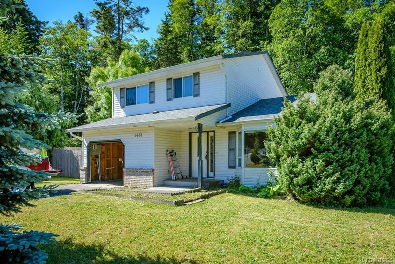 FEATURED LISTING: 1623 Hobson Ave Courtenay