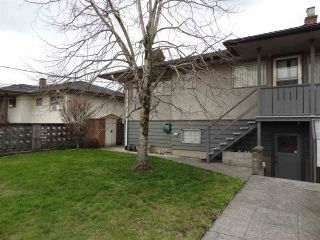 """Photo 3: 4672 HIGHLAWN Drive in Burnaby: Brentwood Park House for sale in """"BRENTWOOD"""" (Burnaby North)  : MLS®# R2443441"""