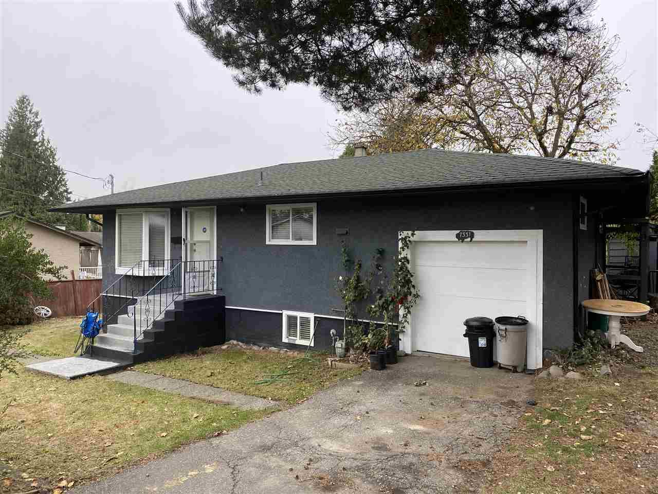 Main Photo: 7331 WREN Street in Mission: Mission BC House for sale : MLS®# R2517239