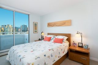 """Photo 13: 2701 1201 MARINASIDE Crescent in Vancouver: Yaletown Condo for sale in """"The Peninsula"""" (Vancouver West)  : MLS®# R2602027"""