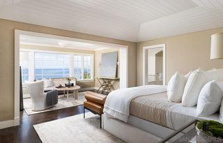 Photo 4: LA JOLLA House for sale : 6 bedrooms : 935 Havenhurst Drive