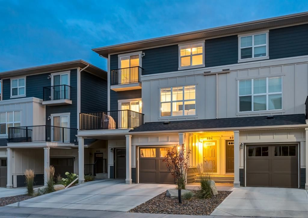 Main Photo: 604 428 NOLAN HILL Drive NW in Calgary: Nolan Hill Row/Townhouse for sale : MLS®# A1150776