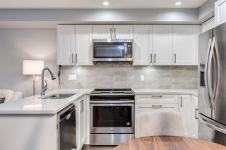 """Photo 13: 204 1990 WESTMINSTER Avenue in Port Coquitlam: Glenwood PQ Condo for sale in """"THE ARDEN"""" : MLS®# R2520164"""