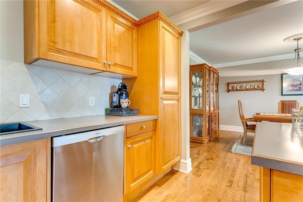 Photo 31: Photos: 17 185 WOODRIDGE Drive SW in Calgary: Woodlands Row/Townhouse for sale : MLS®# C4295020