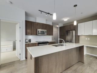 Photo 6: 307 617 SMITH Avenue in Coquitlam: Coquitlam West Condo for sale : MLS®# R2611394