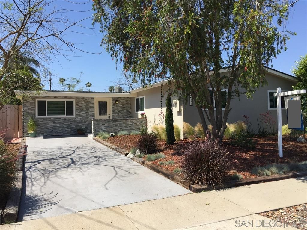 Main Photo: CLAIREMONT House for sale : 4 bedrooms : 5174 Acuna St in San Diego
