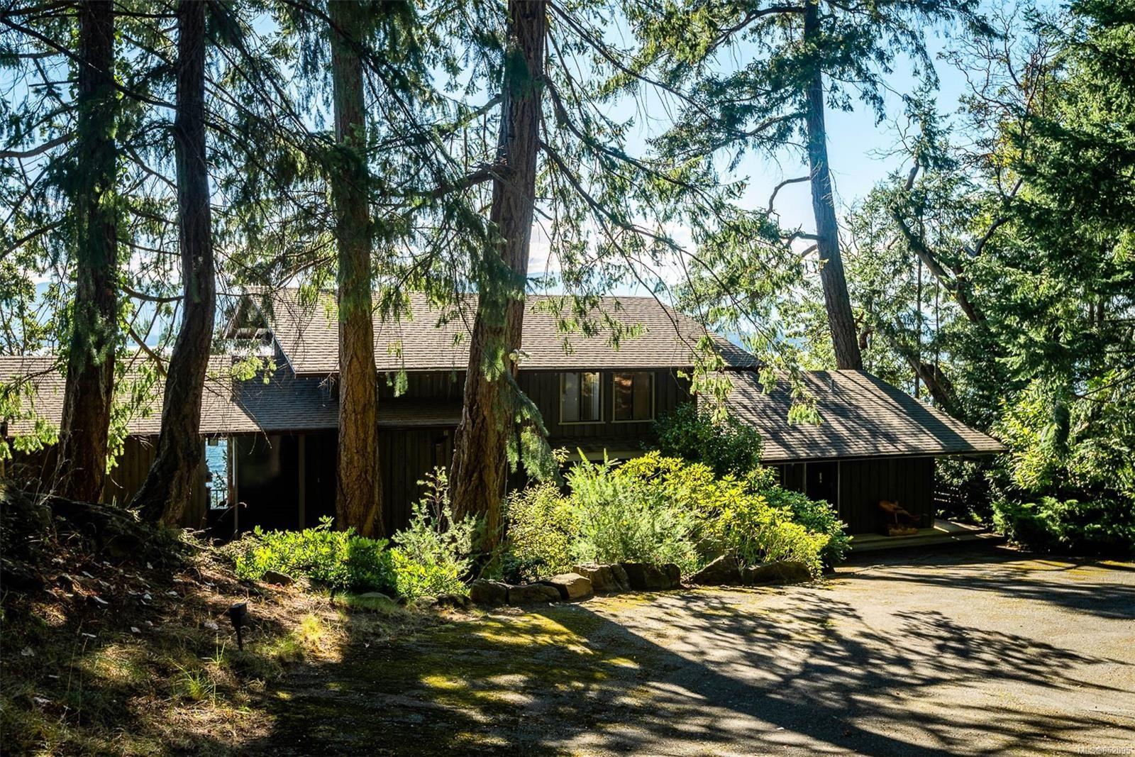 Photo 2: Photos: 236 McGill Rd in : GI Salt Spring House for sale (Gulf Islands)  : MLS®# 852095