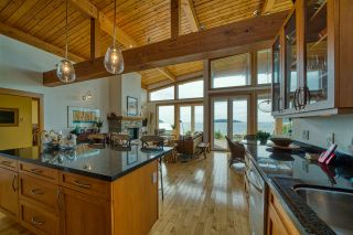 """Photo 9: 6499 WILDFLOWER Place in Sechelt: Sechelt District House for sale in """"Wakefield - Second Wave"""" (Sunshine Coast)  : MLS®# R2557293"""