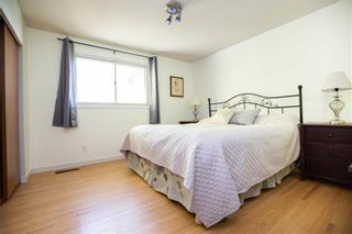 Photo 19: 161 Crestwood Crescent in Winnipeg: Windsor Park Residential for sale (2G)  : MLS®# 202023611