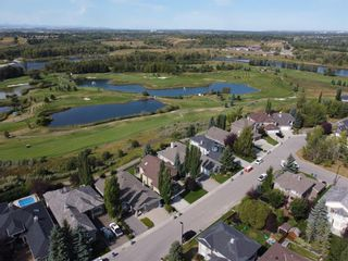 Photo 3: 107 Mt Norquay Park SE in Calgary: McKenzie Lake Detached for sale : MLS®# A1113406