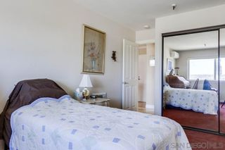 Photo 26: PACIFIC BEACH Condo for sale : 1 bedrooms : 4015 Crown Point Dr #208 in San Diego