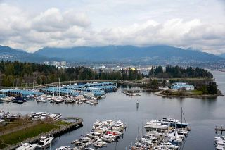 """Photo 24: 2005 590 NICOLA Street in Vancouver: Coal Harbour Condo for sale in """"The Cascina - Waterfront Place"""" (Vancouver West)  : MLS®# R2556360"""