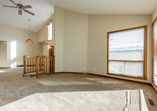 Photo 5: 147 Scenic Cove Circle NW in Calgary: Scenic Acres Detached for sale : MLS®# A1073490