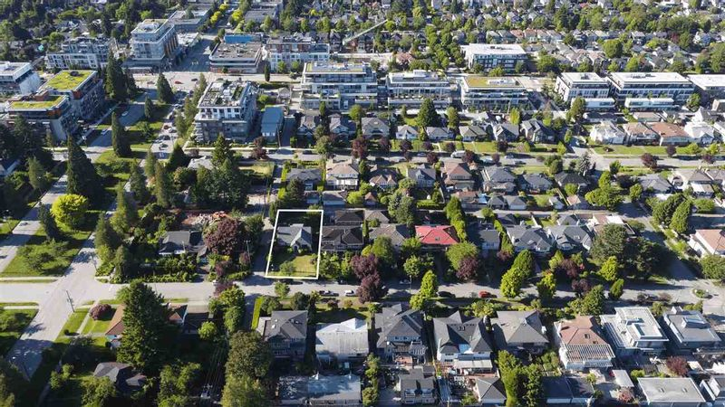 FEATURED LISTING: 475 27TH Avenue West Vancouver