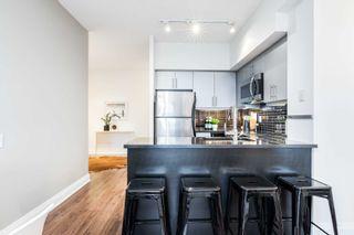 Photo 8: 1706 83 Redpath Avenue in Toronto: Mount Pleasant West Condo for sale (Toronto C10)  : MLS®# C5380445