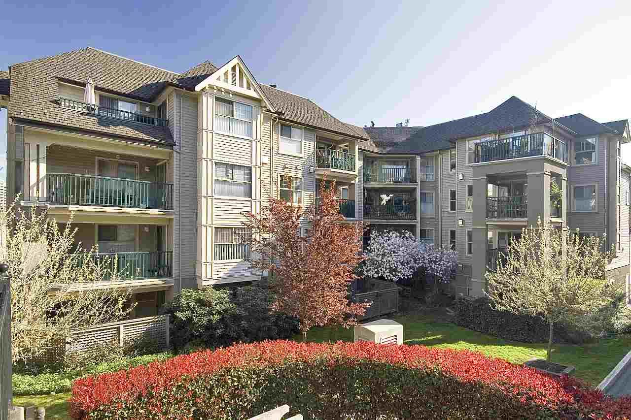 """Main Photo: 405 211 TWELFTH Street in New Westminster: Uptown NW Condo for sale in """"DISCOVERY REACH"""" : MLS®# R2226896"""