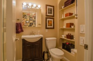 Photo 15: CLAIREMONT Condo for sale : 2 bedrooms : 5252 Balboa Arms #122 in San Diego