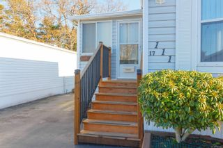 Photo 4: 111 17 Chief Robert Sam Lane in : VR Glentana Manufactured Home for sale (View Royal)  : MLS®# 860343