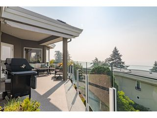 """Photo 16: 14502 MALABAR Crescent: White Rock House for sale in """"WHITE ROCK HILLSIDE WEST"""" (South Surrey White Rock)  : MLS®# R2526276"""