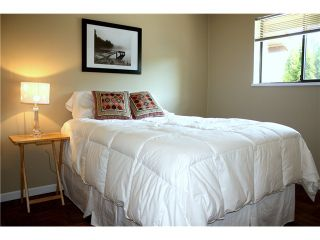 """Photo 6: 7105 CAMANO Street in Vancouver: Champlain Heights Townhouse for sale in """"SOLAR WEST"""" (Vancouver East)  : MLS®# V907945"""