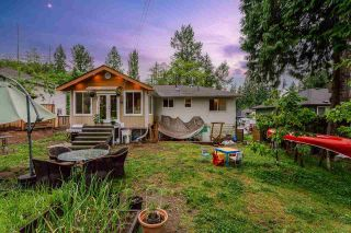 Photo 3: 709 APPIAN Way in Coquitlam: Coquitlam West House for sale : MLS®# R2585856