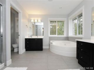 Photo 11: 903 Progress Place in : La Florence Lake Residential for sale (Langford)  : MLS®# 336352